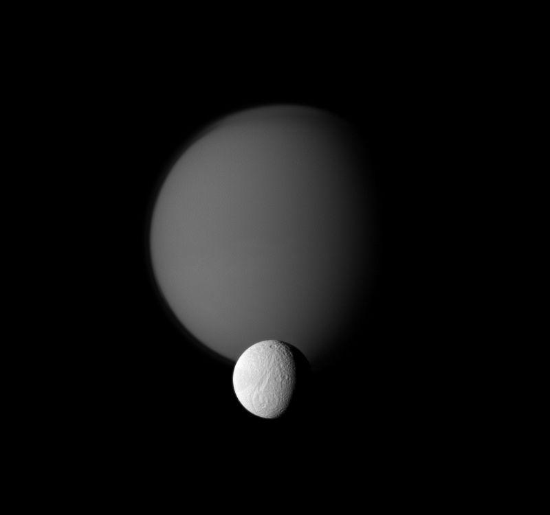 Moons of saturn saturns moons publicscrutiny Choice Image